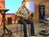 scott-darlow-with-didgeridoo-and-mini-maton-guitar